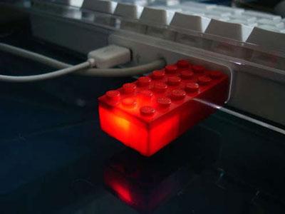 Cómo hacer que tu memoria USB parezca una pieza de LEGO 3