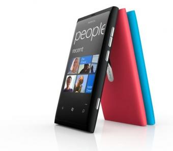 Photo of Los primeros Windows Phone de Nokia quieren desafiar a Apple y Samsung