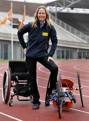 Joven paralitica recupera su movilidad tras recibir un golpe 1