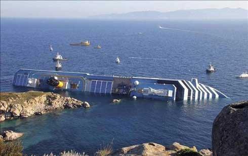 Difunden grabaciones( vídeos) del pánico que vivieron los pasajeros del Costa Concordia 1