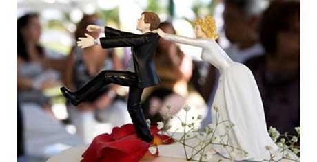 Jueza casa por error a la novia con el testigo de la boda 1