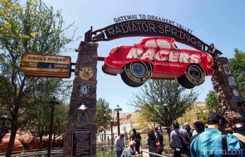 Cars Land el nuevo parque de Disney inspirado en la película del Rayo Mcqueen 2