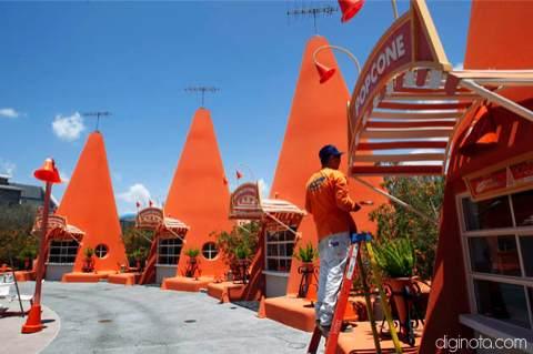 Cars Land el nuevo parque de Disney inspirado en la película del Rayo Mcqueen 6