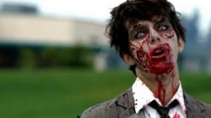 Joven se disfraza de zombie  y  la novia del susto le dispara 0
