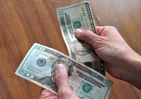 detectar dólares falsos