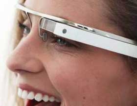 Los lentes Google Glass funcionaran con tu iPhone y estarán disponibles este mismo año