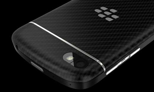 BlackBerry_Q10_Back