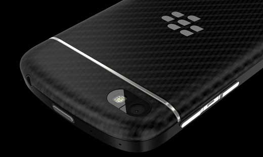 BlackBerry_Q10_Back
