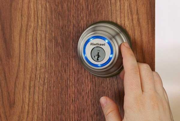 abrir la puerta con el celular