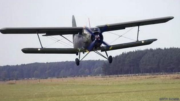 """An-2, el avión que puede """"volar"""" hacia atrás 2"""