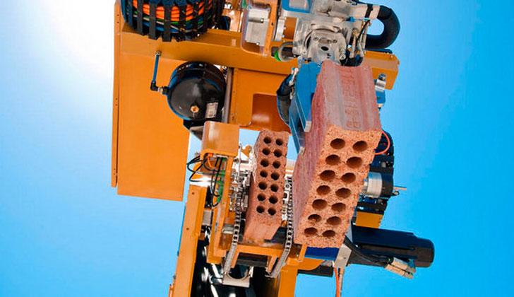 robot-constructor-hadrian
