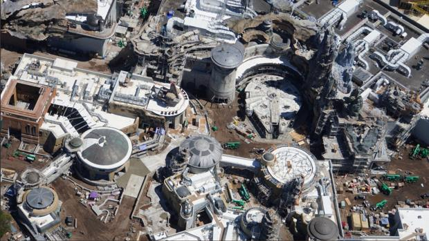 Photo of El nuevo parque dedicado a Star Wars de Disney, fotos y fechas de apertura