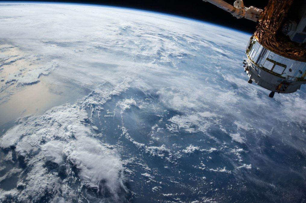 """Se espera a finales del 2020, El nuevo servicio de Internet satelital """"Mundial"""" a bajo coste. 1"""