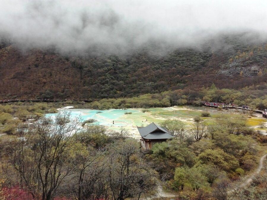 Huanglong: un paisaje de piscinas naturales, China 2